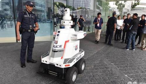 Foto Amankan KTT ASEAN ke-33, Singapura Kerahkan Robot Polisi