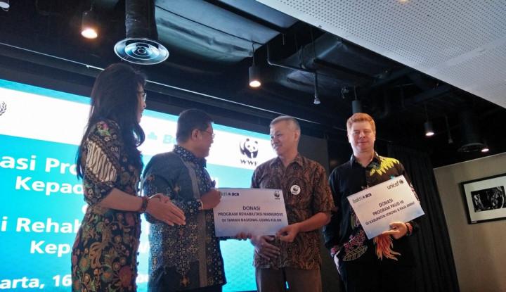BCA Donasikan Rp1,354 Miliar ke UNICEF dan WWF - Warta Ekonomi