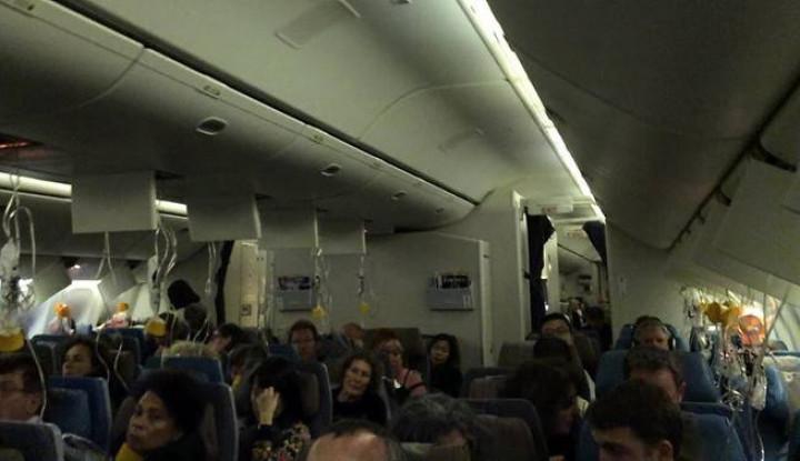 Foto Berita Kehilangan Tekanan Kabin, Pesawat Singapore Airlines Terpaksa Kembali ke Bandara Changi