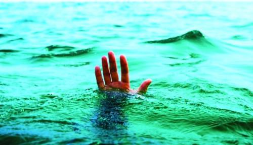 Foto Sungai Ciliwung Menelan Korban, Bocah Belia Hilang Tenggelam