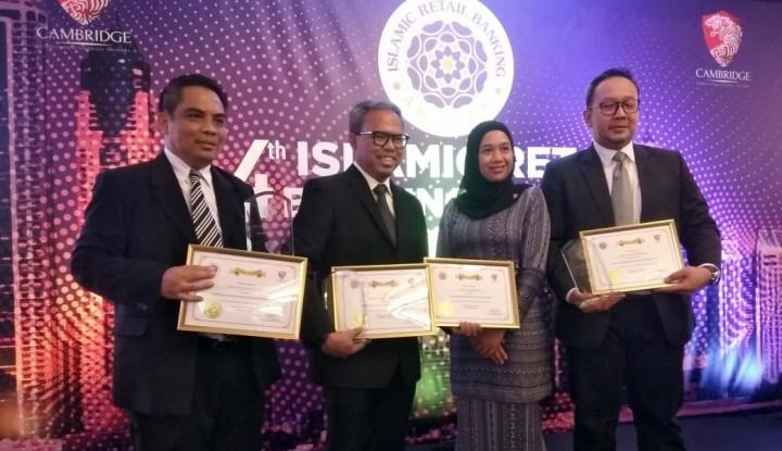 Foto Berita Mandiri Syariah Sabet 4 Penghargaan dari Cambridge Analytica