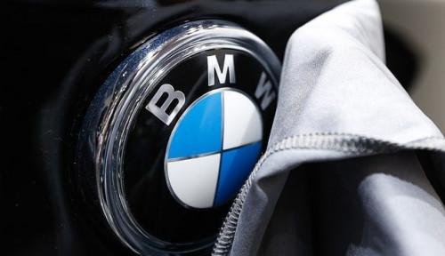 Foto BMW Tarik 360.001 Mobil di China, Sebabnya?