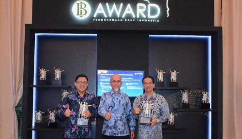 Foto Toyota Sabet Dua Penghargaan dari BI