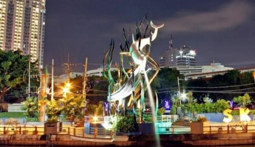 Foto Urusan Pohon Kota, Jakarta Tiru Surabaya