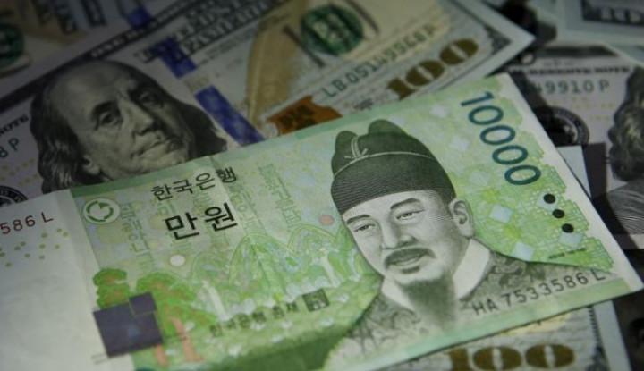 Foto Berita Bank Sentral Korea Selatan Naikkan Suku Bunga untuk Pertama Kalinya