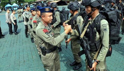 Foto Korban KKB Papua Disambut Tangis Keluarga di Jabar