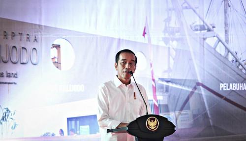 Foto Tak Ada Kuis Nama-nama Ikan Saat Jokowi Bagikan Sertifikat di Jambi