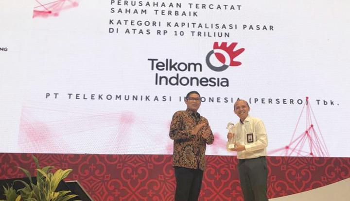 Foto Berita Kinerja Dipandang Baik, Telkom Indonesia Diganjar Apresiasi OJK–BEI