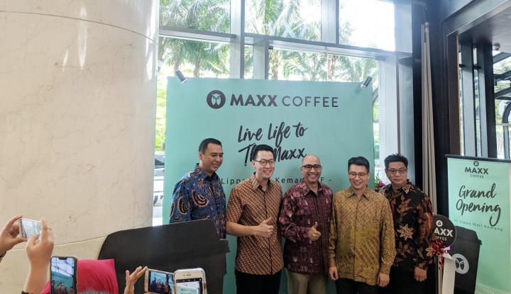 Foto Berita Maxx Coffee Flagship Store Ada di Kemang