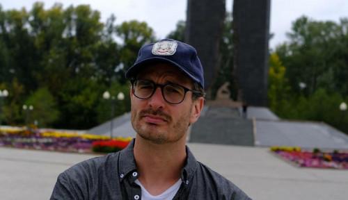 Foto Dark Tourist: Mengunjungi Escobar, Reaktor Nuklir, dan Vampire