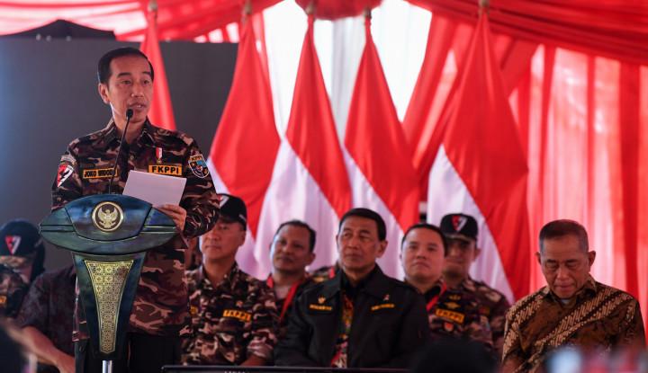 Foto Berita Apakah Akan Terus Setia pada NKRI? Tanya Jokowi