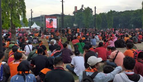 Foto Rayakan Persija Juara, Suporter Nyemplung di Bundaran HI, Gimana Tuh Pak Anies?