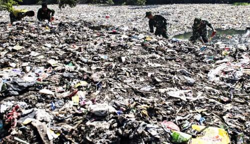 Foto Waduh, Sampah Impor Menyerang Indonesia?