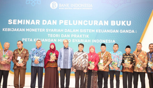 Foto ISEF 2018, BI Luncurkan Dua Buku Ekonomi Keuangan Syariah