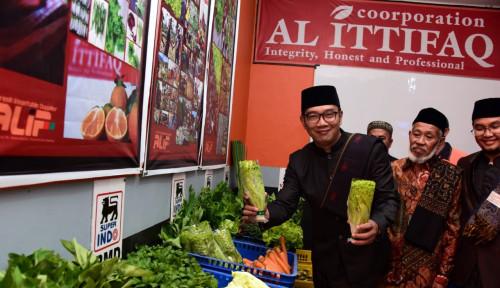 Foto Ridwan Kamil: Pesantren Juara Tulang Punggung Perekonomian