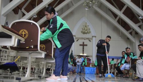 Foto Berbagi Kasih, Go-Jek Adakan Kegiatan Pra-Natal di Manado