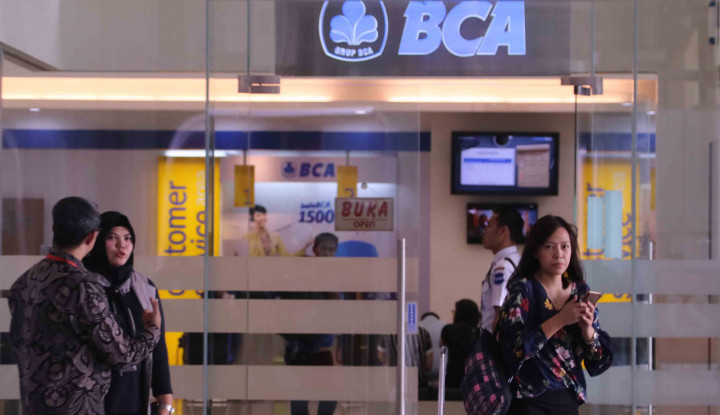 Bos BCA Bongkar Fakta M-Banking Eror, Investor Lampiaskan ke Saham BBCA - Warta Ekonomi