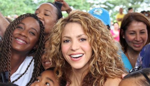 Foto Shakira Lakukan Penggelapan Pajak?