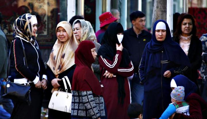 Pompee: China Langgar Kemanusiaan atas Muslim Uighur - Warta Ekonomi