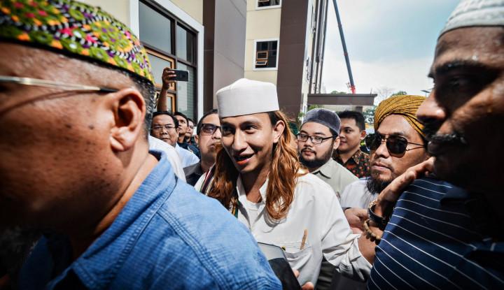 Ancaman Pedas Bahar Smith ke Jokowi, Begini Reaksi Istana - Warta Ekonomi
