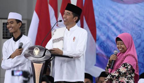 Foto Kunjungi Jamaah Dzikir di Rengasdengklok, Jokowi Sampaikan ini