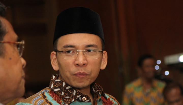 Meski Difitnah, Jokowi Tetap Kerja - Warta Ekonomi