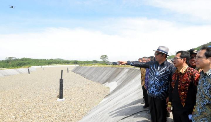 Foto Berita Ridwan Kamil Titip Polemik Parung Panjang ke Kang Ade