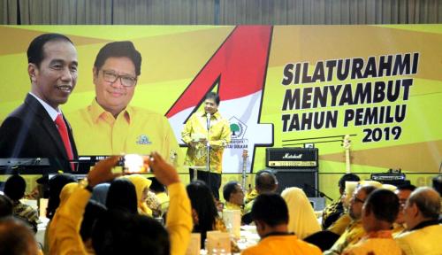 Foto SBY Minta Tidak Diganggu, Airlangga Jawab Santai