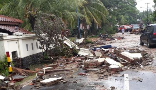 Foto Astra Tol Tangerang-Merak Siagakan Bantuan bagi Korban Tsunami Anyer