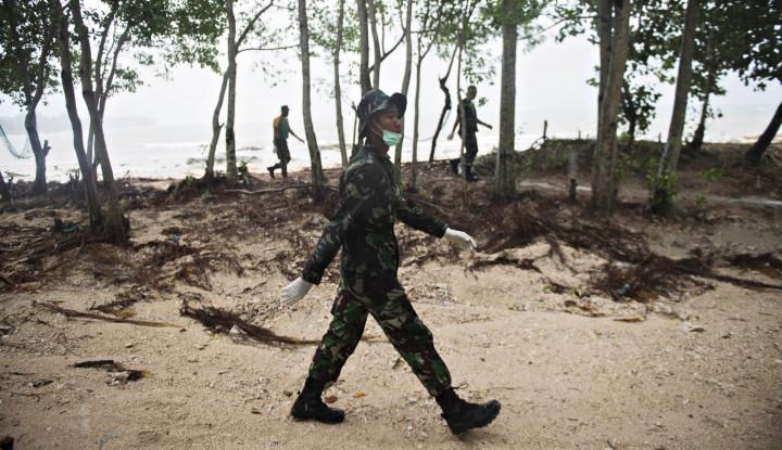 Foto Berita TNI AL Kerahkan Kapal dan Prajurit Bantu Penanganan Korban Tsunami