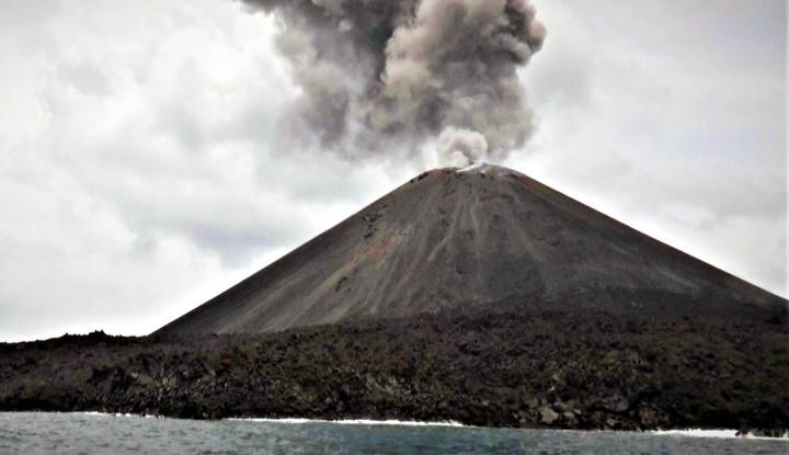 Aktivitas Gunung Anak Krakatau Menurun, BMKG Izinkan Pengungsi Pulang ke Rumah - Warta Ekonomi