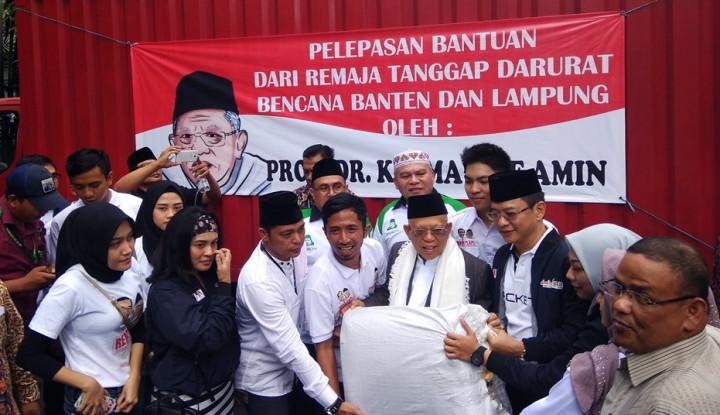 Foto Berita Relawan Milenial Jokowi-Amin Kirim Bantuan ke Korban Tsunami Selat Sunda