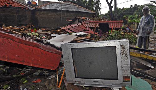 Foto Pasca Tsunami, 0,9% BTS Masih Terganggu