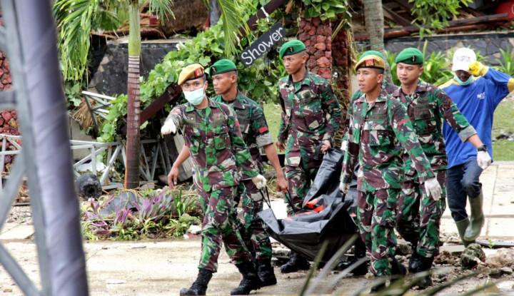 Foto Berita Proses Evakuasi Korban Tsunami di KEK Tanjung Lesung Berjalan Cepat