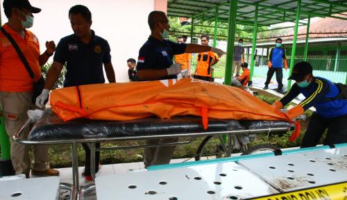 Foto Beda Data Jumlah Korban Meninggal dengan Basarnas, Bupati Pandeglang: Data Kami 479 Orang