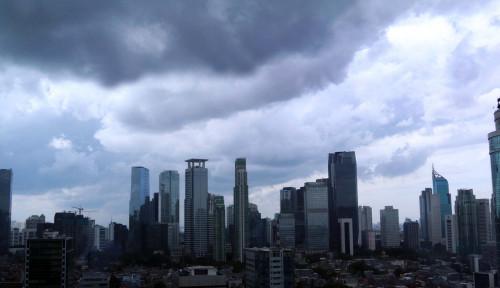 Hati-Hati Guys! Jakarta Diprediksi Bakal Diguyur Hujan Siang Ini