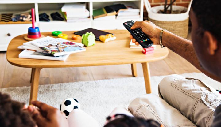 Fungsi Televisi Bakal Tergantikan Ponsel? - Warta Ekonomi