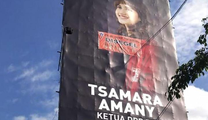 Penyegelan Reklame Ketua DPP PSI Sesuai Aturan? - Warta Ekonomi