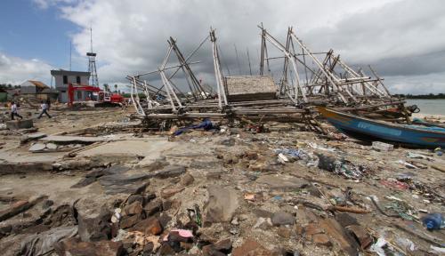 Foto Tsunami Bawa Wabah Jamur Parasit, Indonesia Bisa Jadi Korban Selanjutnya!