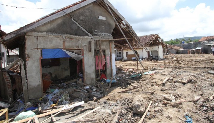 Foto Berita Lagi, Gempa Bumi Guncang Selat Sunda