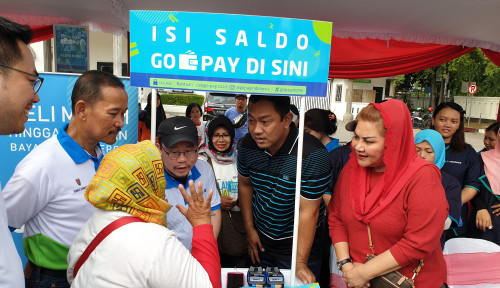 Foto Go-Pay Permudah Warga Semarang dalam Pembayaran PBB