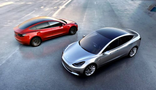 Foto Tesla Has Over 3,000 Model 3s Left in U.S. Inventory