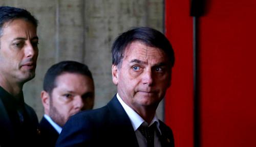 Foto Presiden Konservatif Brasil Calonkan Anaknya Sendiri Jadi Dubes AS
