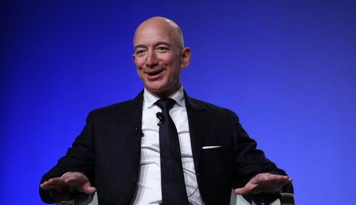 Foto Berita Kisah Orang Terkaya: Jeff Bezos Si Pemilik Harta Rp2.400 Triliun