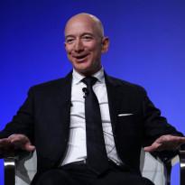 Kisah Orang Terkaya: Jeff Bezos Si Pemilik Harta Rp2.400 Triliun