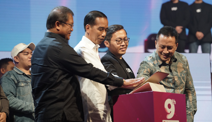 Tagar #JokowiOrangnyaBaik Masuk Trending Topic Dunia - Warta Ekonomi