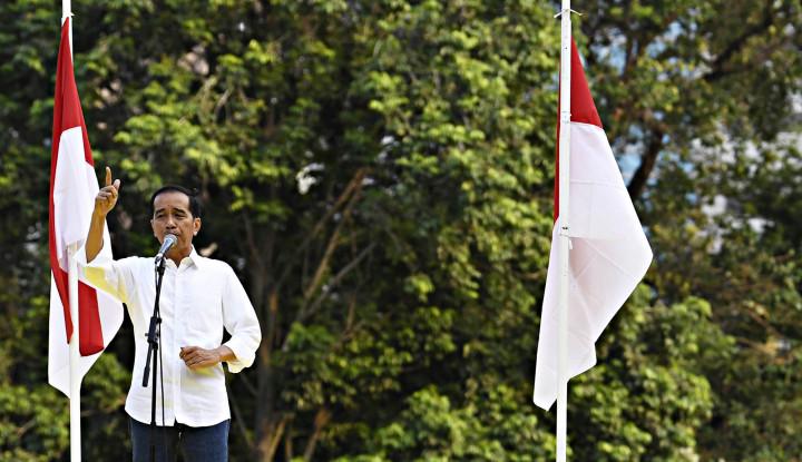 Foto Berita Jawaban Jokowi Soal Markas Prabowo-Sandi di Solo, Pedas Jawabnya..