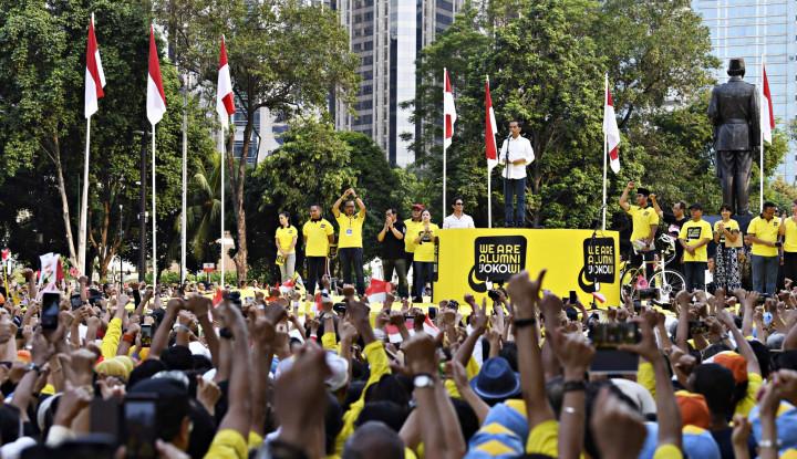 Di Depan Alumni UI, Jokowi Curhat Keki Sama Kubu Prabowo - Warta Ekonomi