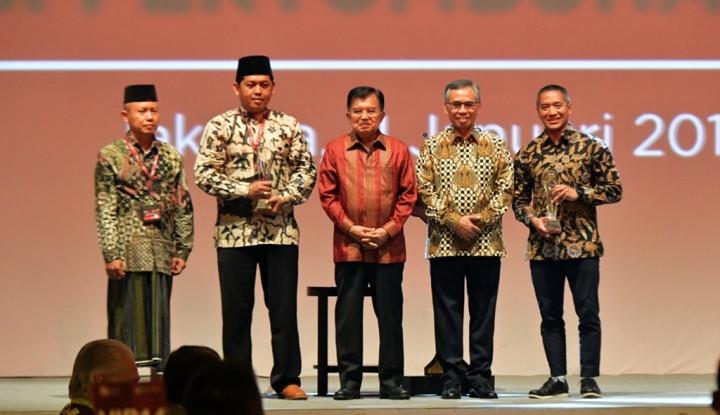 Foto Berita CEO Investree Sabet Penghargaan Tokoh Milenial Keuangan dari OJK