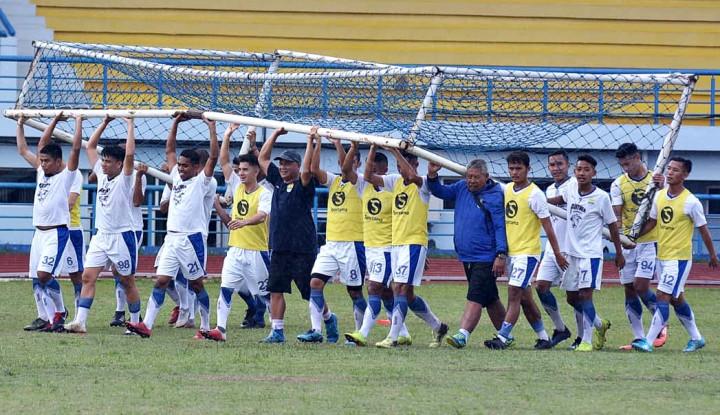 Horeee, Persib Main di Bandung dan Boleh Ada Penonton - Warta Ekonomi